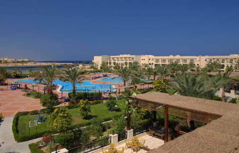 Jaz Lamaya Resort - Hotel - 0