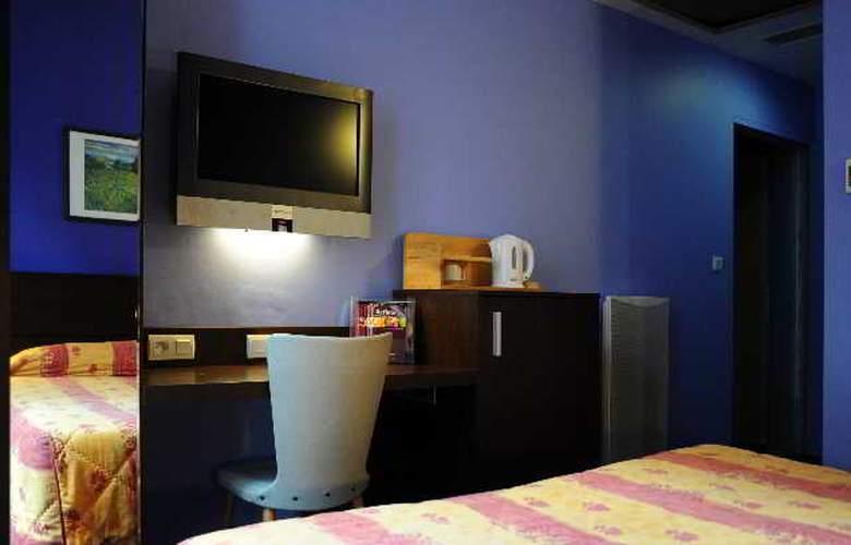 INTER-HOTEL du Cheval Noir - Room - 6