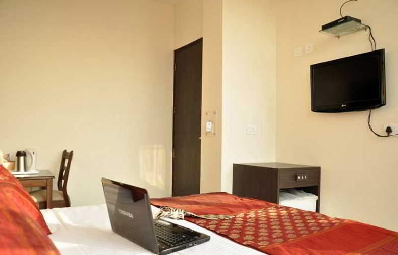 Amby Inn - Room - 4