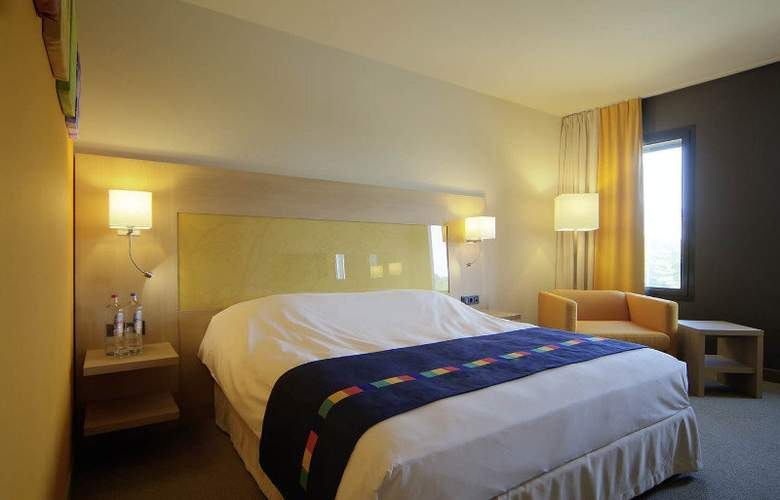 Park Inn by Radisson Liege Aeroport - Room - 5