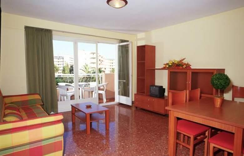 California Apartamentos - Room - 15