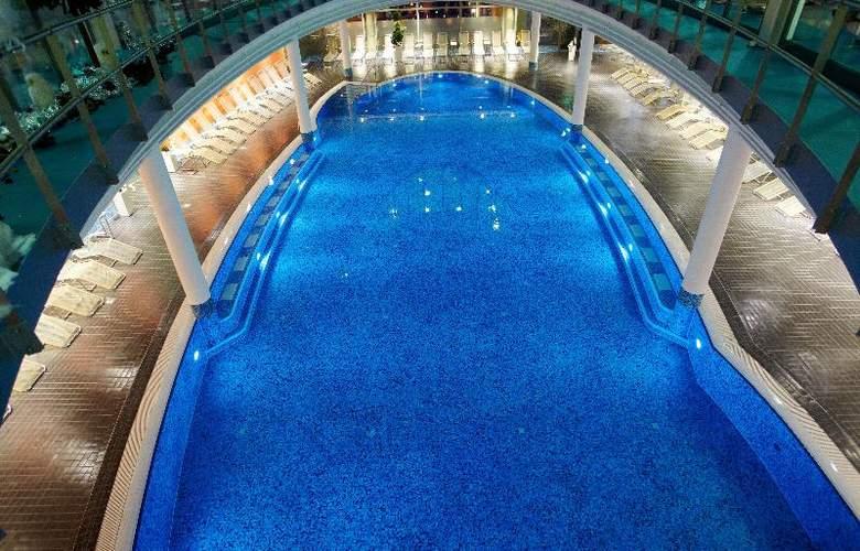 Centrovital Berlin - Pool - 13