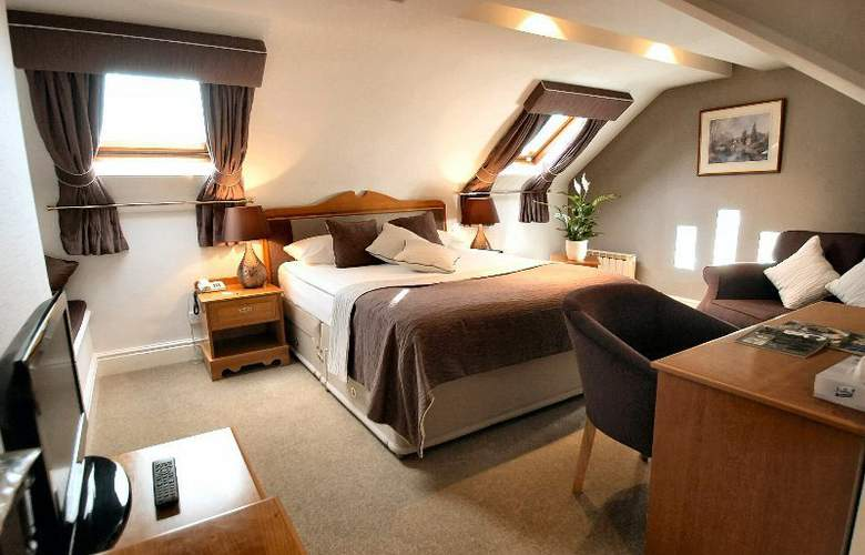 Duxford Lodge Hotel - Room - 8
