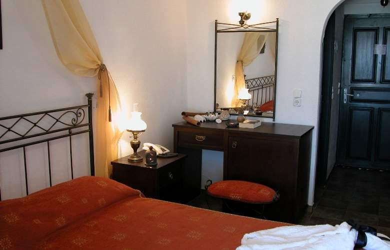 Vrahos Boutique Hotel - Room - 9