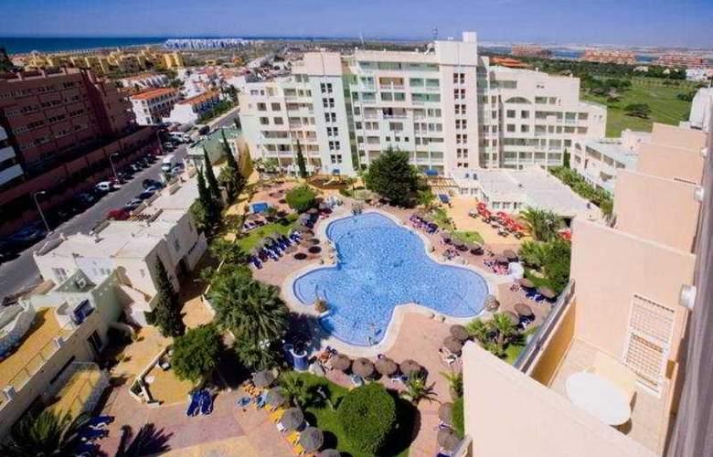Apartamentos Fenix Beach - Hotel - 0