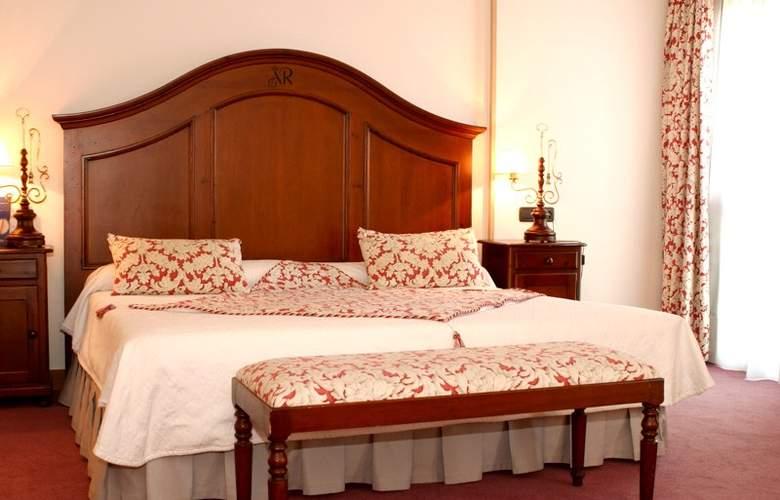 Sercotel Rey Sancho - Room - 1