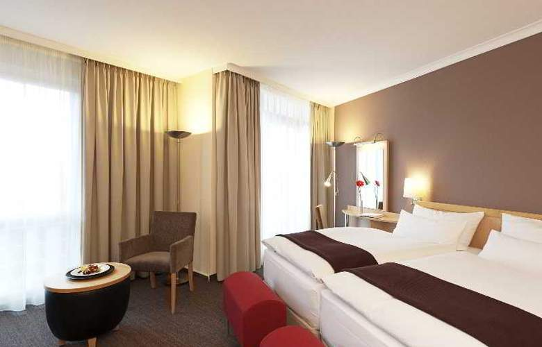 NH Berlin-Alexanderplatz - Room - 9