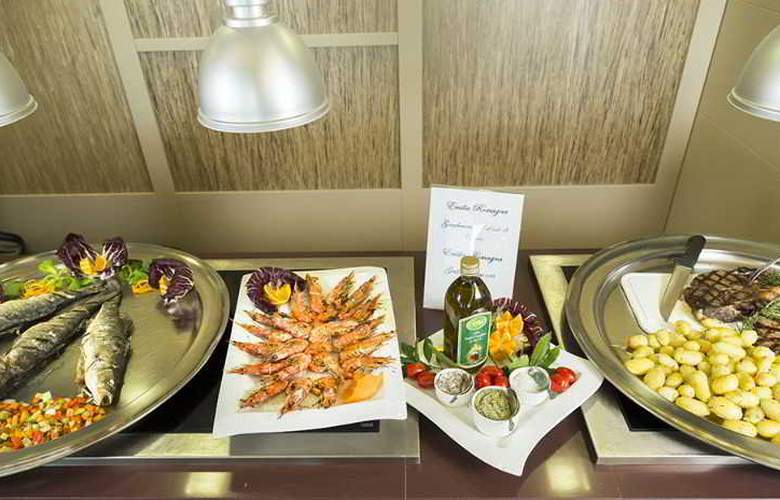 Touring - Restaurant - 40