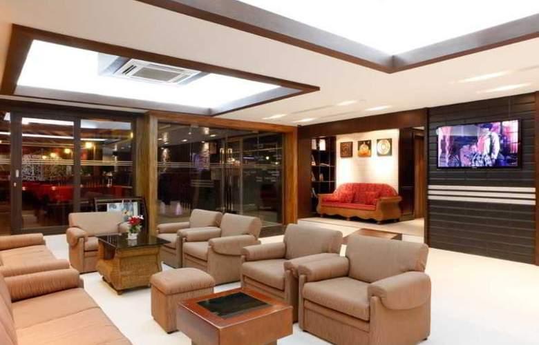 Inn House - General - 1