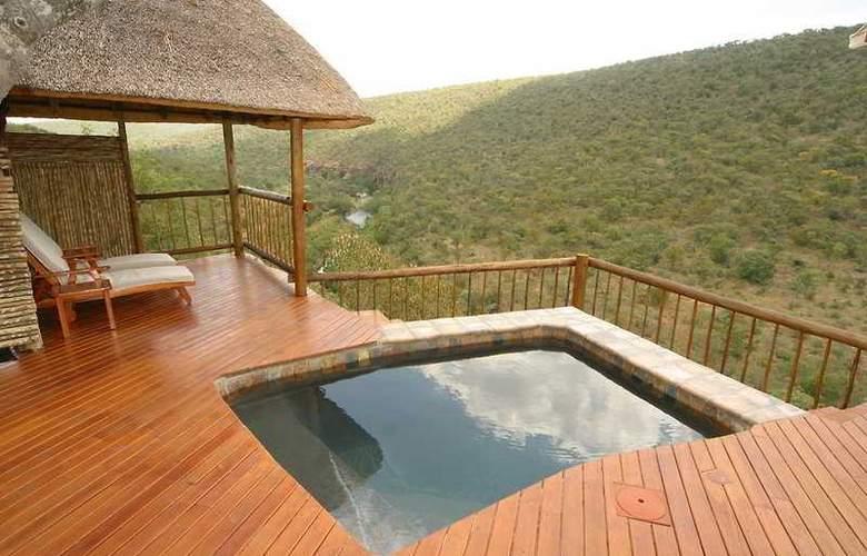 Clifftop Exclusive Safari Hideaway - Pool - 6