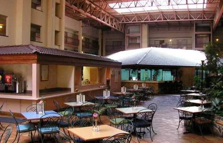 Embassy Suites - Corpus Christi - Hotel - 10