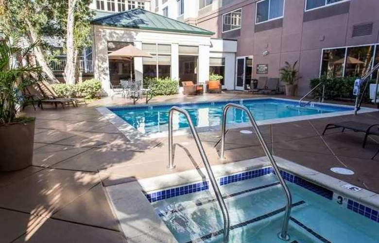 Hilton Garden Inn San Mateo - Hotel - 2