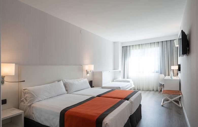 Catalonia Sabadell - Room - 13