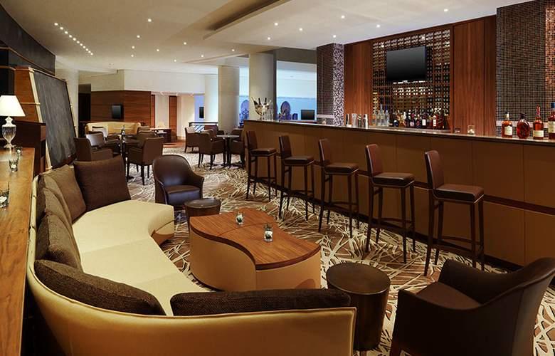 Sheraton Club des Pins Resort and Towers - Bar - 14