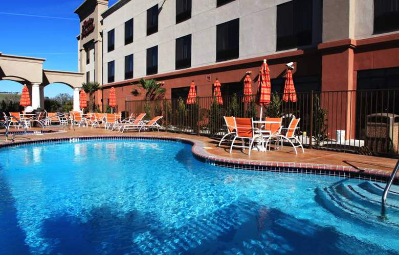 Hampton Inn & Suites Paso Robles - Pool - 3