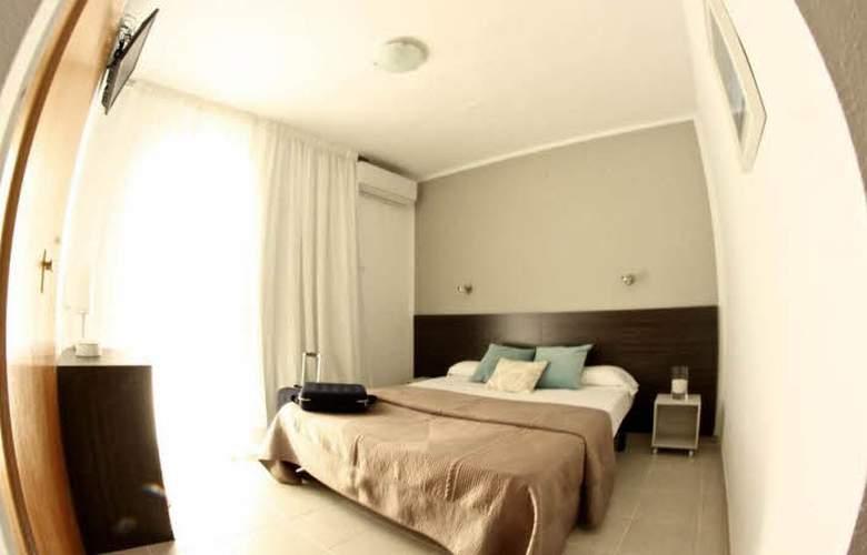 Hostal Tahití - Room - 2