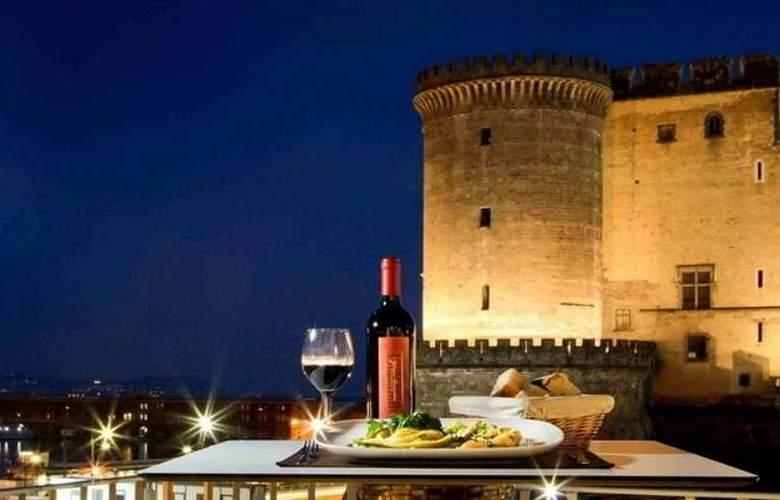 Mercure Napoli Centro Angioino - Hotel - 15