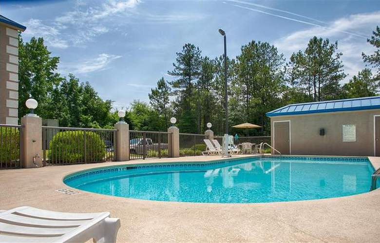 Best Western Executive Inn & Suites - Pool - 32