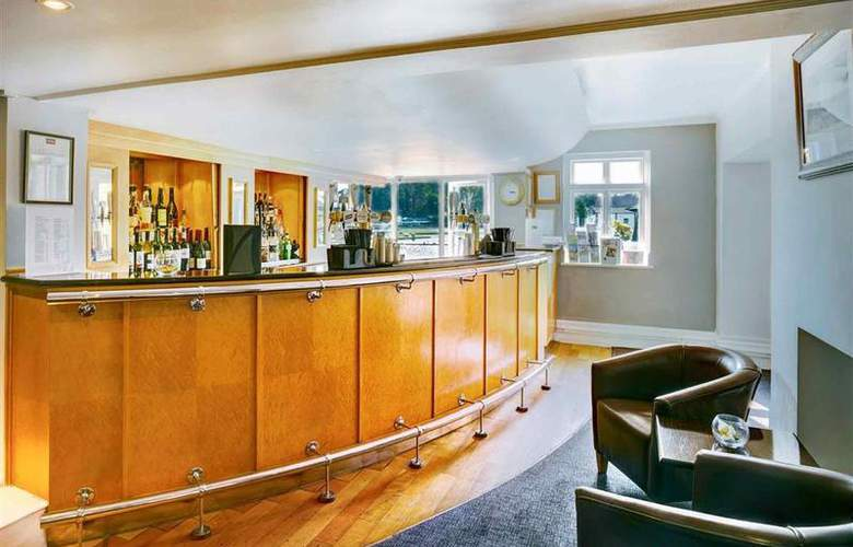 Mercure London Staines - Bar - 31