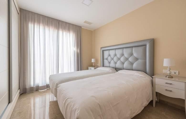 Albayt Nueva Alcaidesa - Room - 8