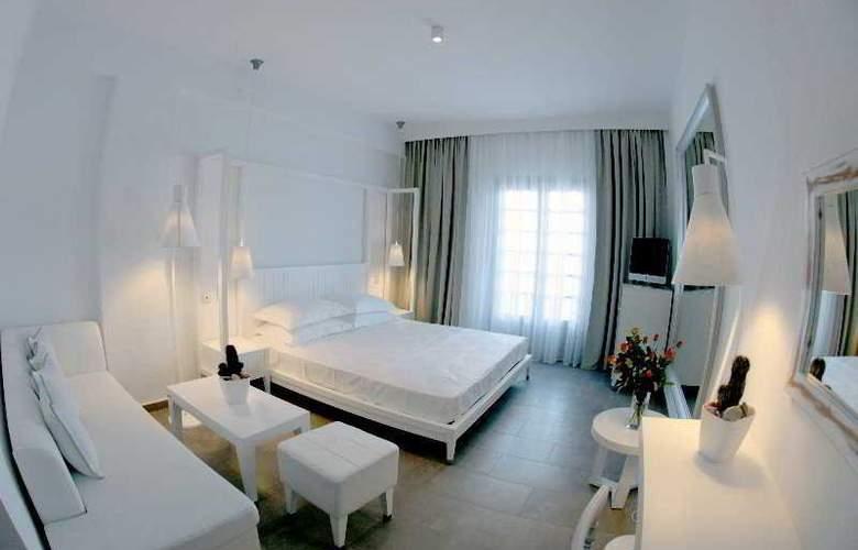 White Suites - Room - 1