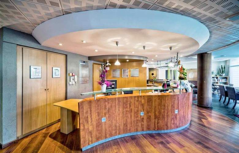 Suite Novotel Clermont Ferrand Polydome - Hotel - 29