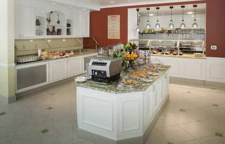 Hilton Garden Inn Frisco - Hotel - 8