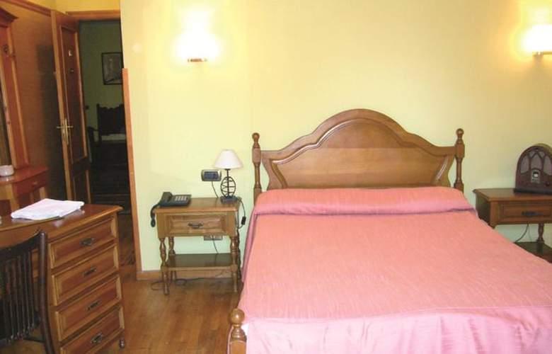 Hotel Restaurante La Casona de Jovellanos - Room - 7