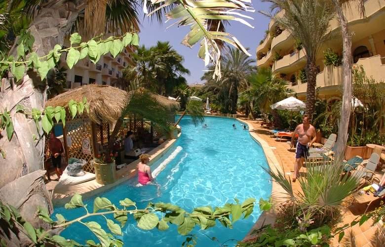 Fortina Hotel Spa Resort - Bar - 16