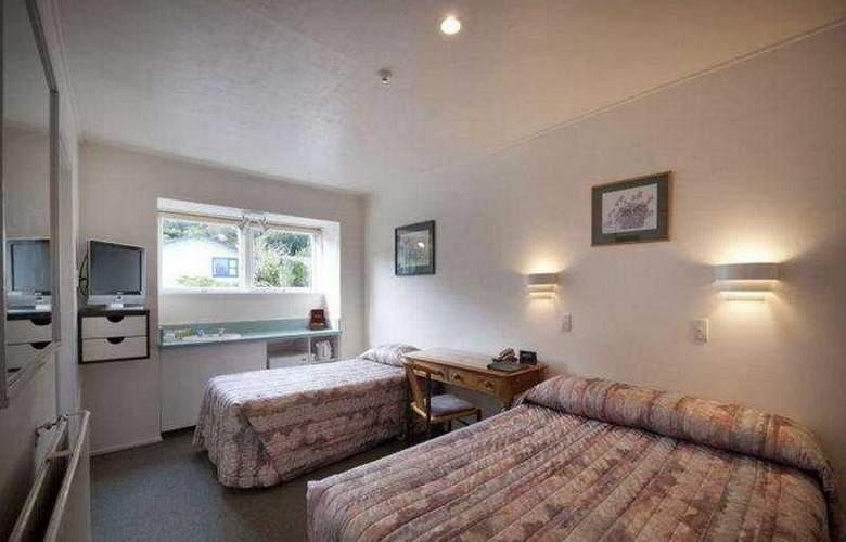 Heartland Hotel Glacier Country - Room - 1