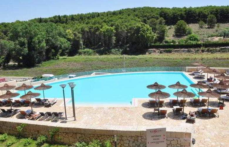 Basiliani Resort & Spa - Pool - 1