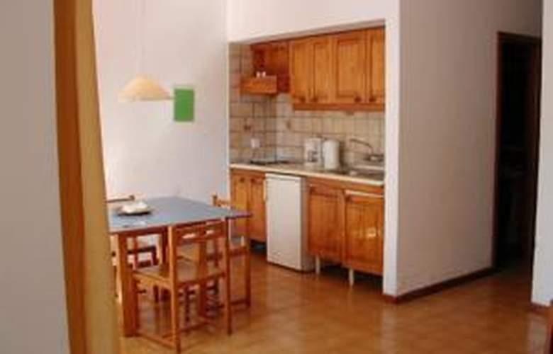 Apartamentos Maribel - Hotel - 0