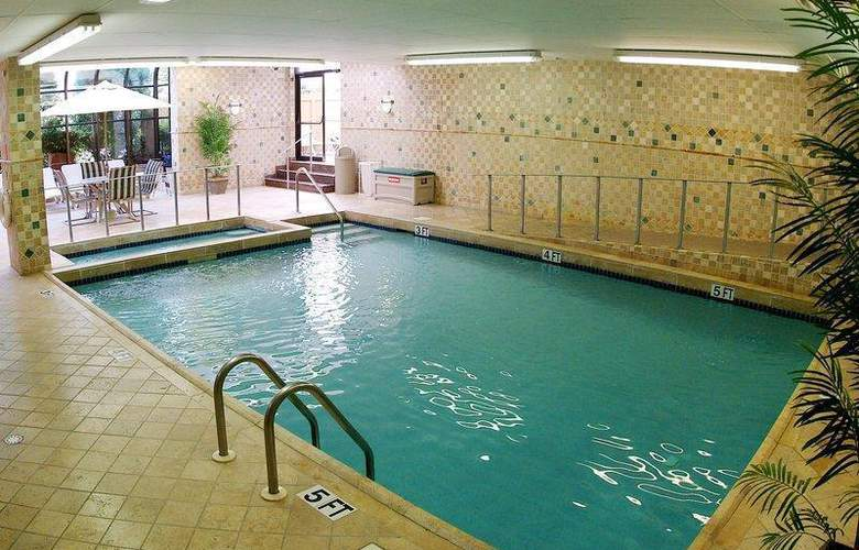 Best Western Plus Fairfield Executive Inn - Pool - 44