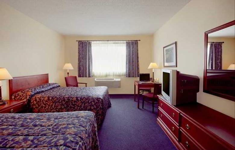 Econo Lodge - Room - 5