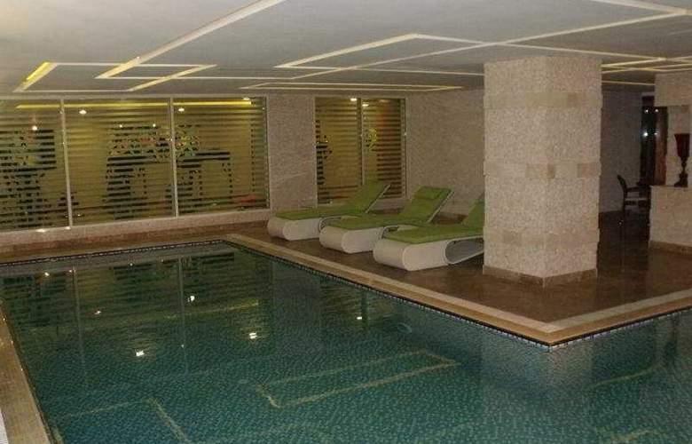 Qafqaz Point - Pool - 5