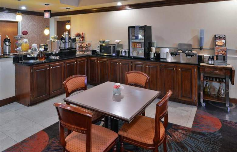 Best Western Plus Windsor Suites - Restaurant - 52