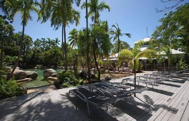 Rendezvous Reef Resort - Pool - 10