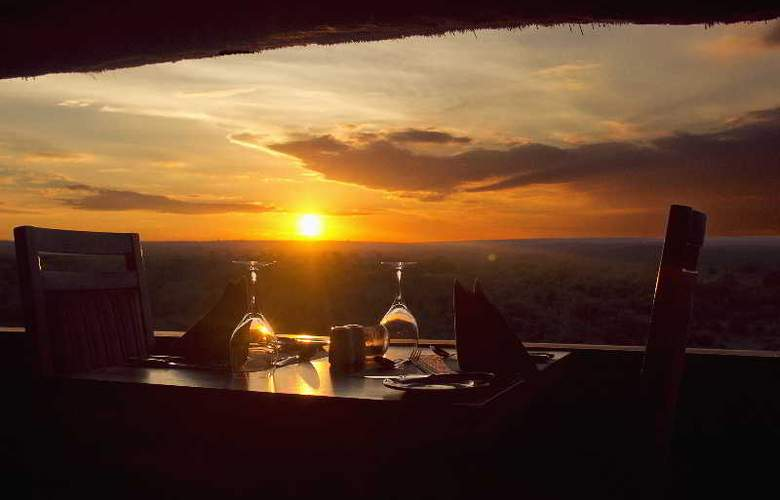 Victoria Falls Safari Lodge - Restaurant - 3