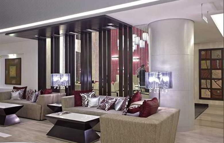 Country Inn & Suites By Carlson Gurgaon Sec 29 - General - 0
