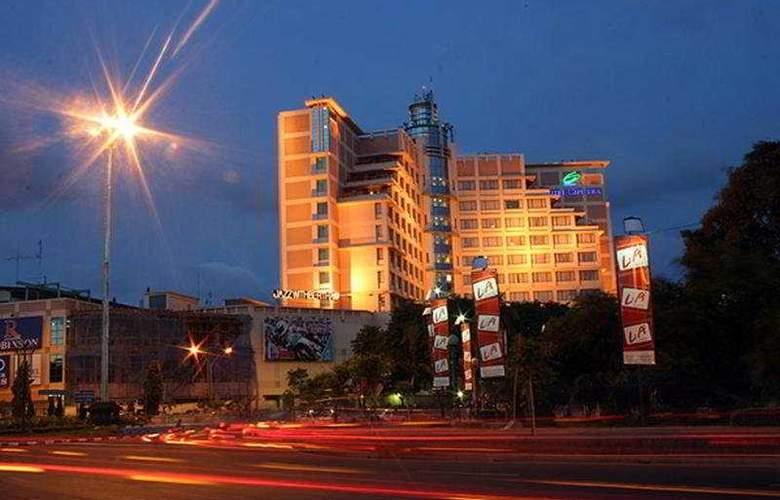 Ciputra Semarang - Hotel - 0