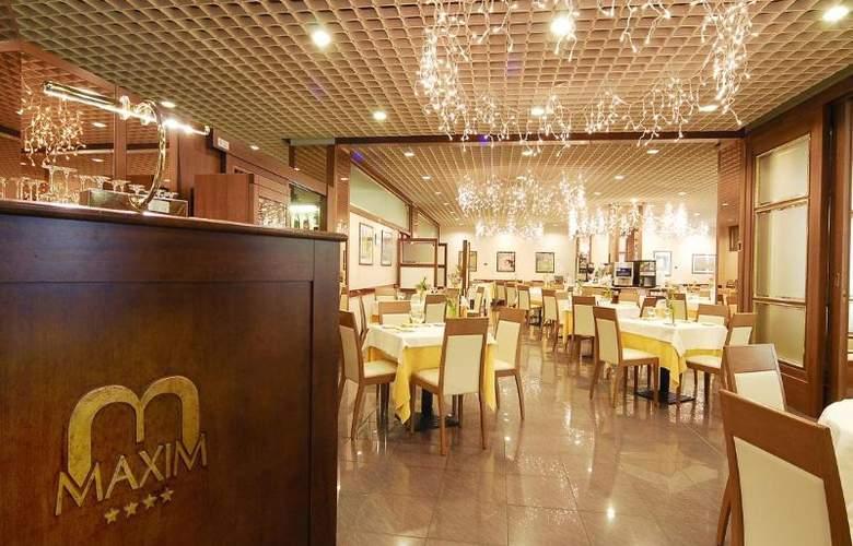 Maxim - Restaurant - 3