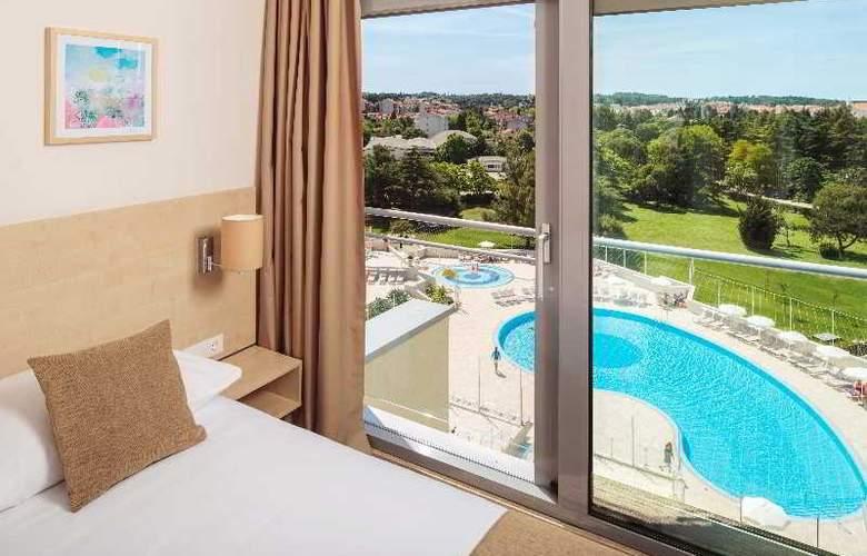 Zagreb - Pool - 7