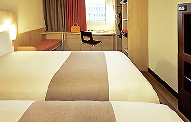 Ibis Barcelona Mollet - Room - 5