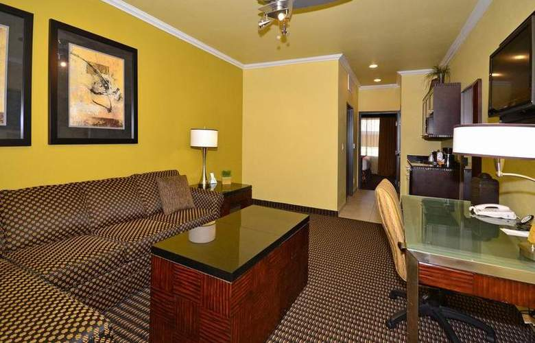 Best Western Plus Christopher Inn & Suites - Room - 146