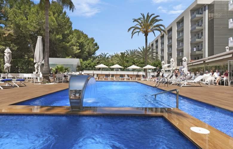 Metropolitan Juka Playa  - Pool - 2