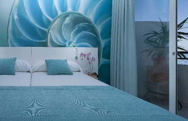 Marina Playa - Room - 11