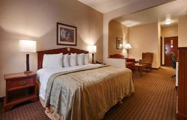 Best Western Edmond Inn & Suites - Hotel - 17