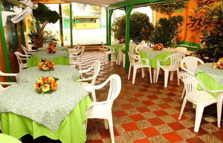 Tres Casitas Welcome - Restaurant - 1