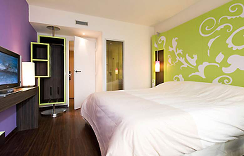 Ibis Styles Evry Cathédrale - Room - 9