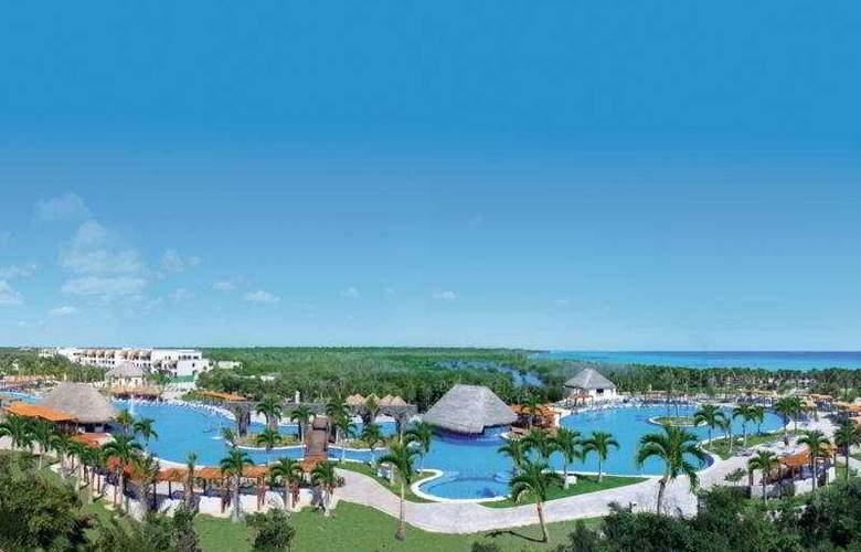 Valentin Imperial Maya Resort & Spa - Pool - 2